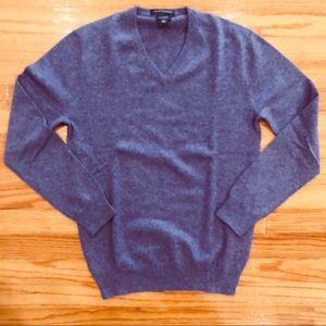 J Crew men's Italian cashmere v-neck sweater